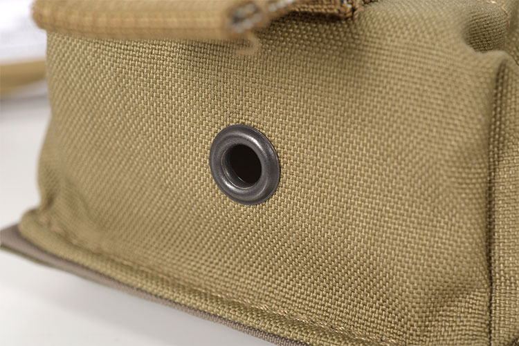 THOR Double AR Mag Pouch - eyelet