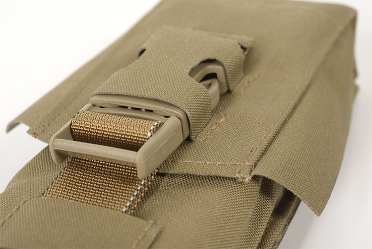 THOR Single AR Mag Pouch - speed lock SR-buckle